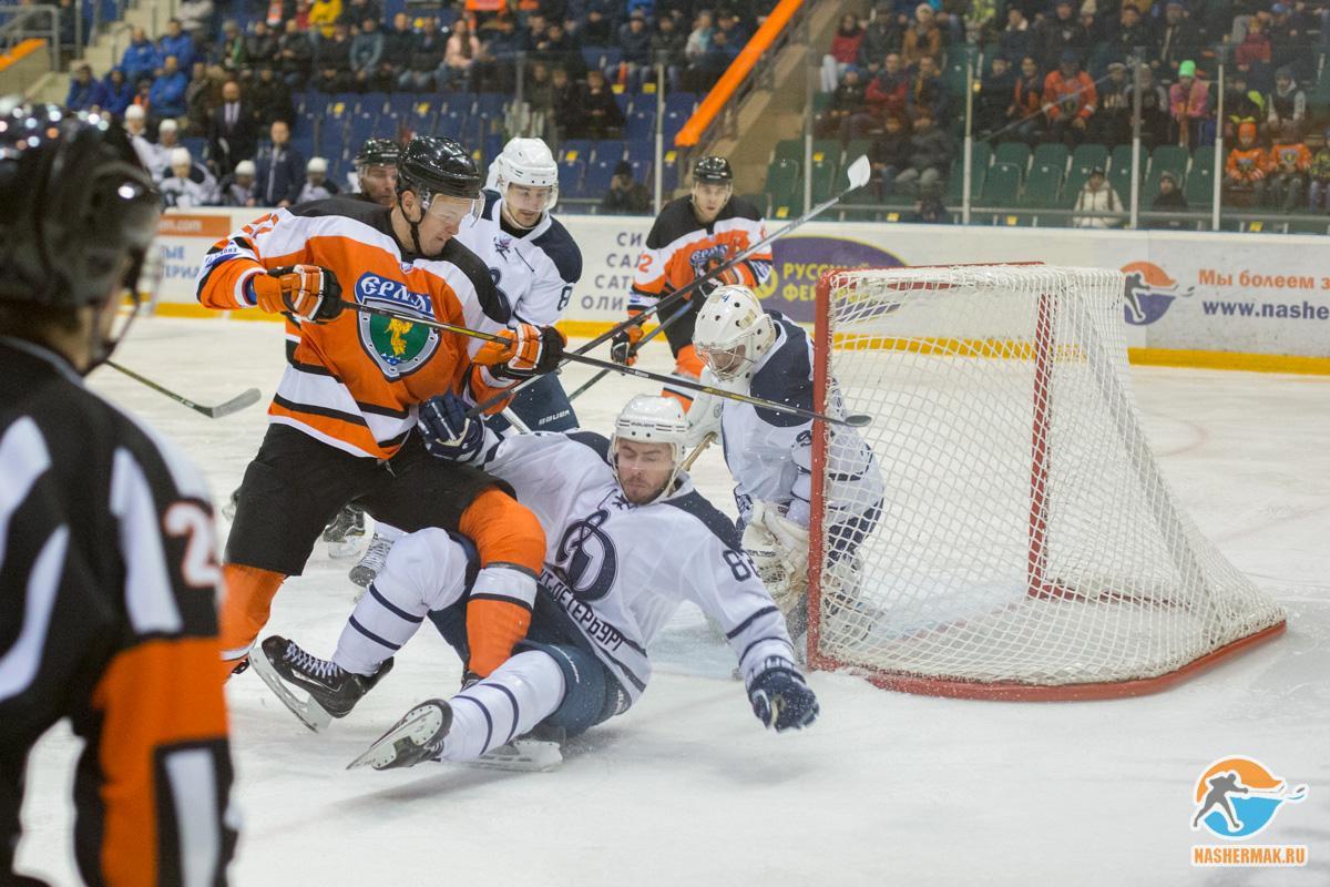 Ангарская хоккейная команда «Ермак» проведет 4 матча надомашнем льду