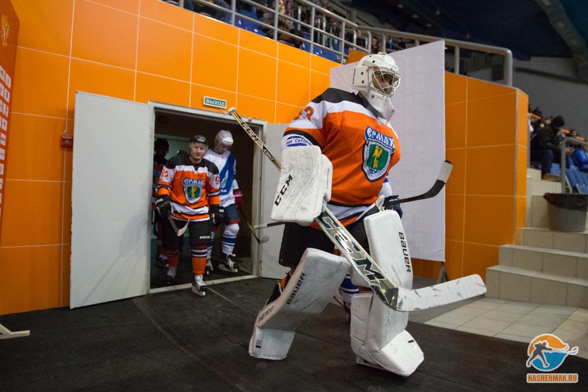Ангарский «Ермак» народном льду обыграл ТХК вматче Высшей хоккейной лиги