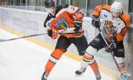 Артём Воробьёв продолжит сотрудничество с ХК «Ермак».