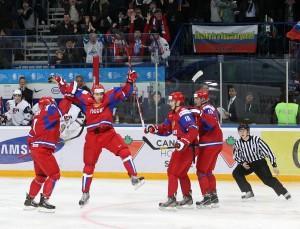 Молодежная сборная России по хоккею победила американцев