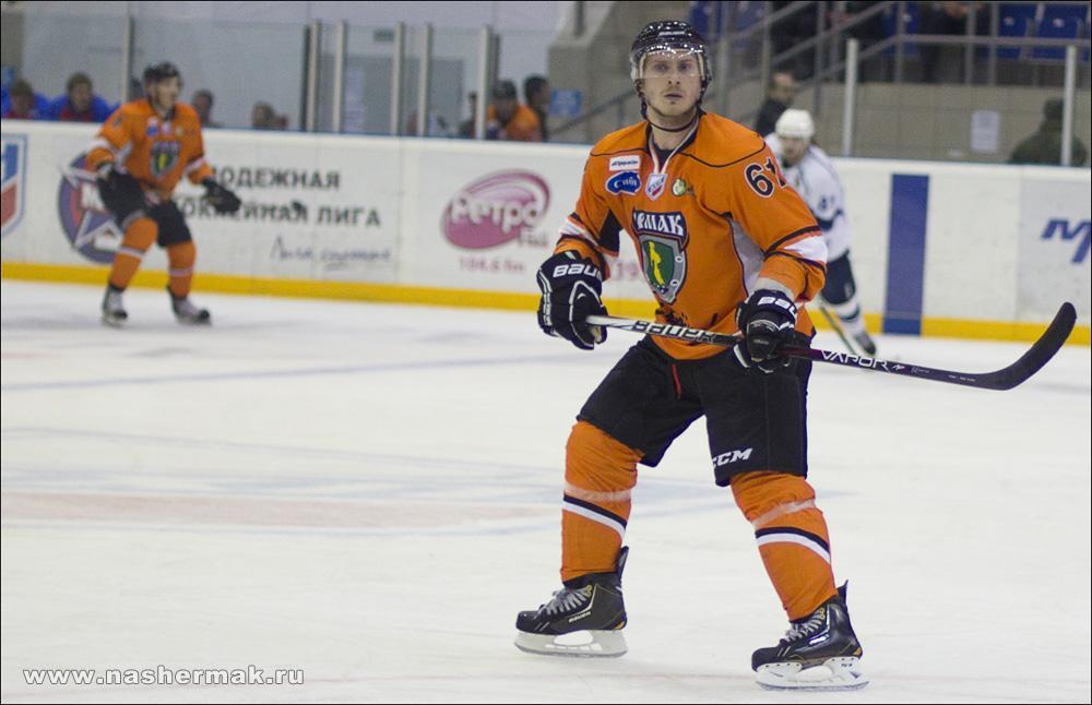 Артем Подшендялов вызван в состав студенческой хоккейной сборной России