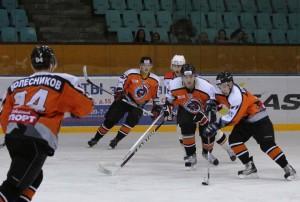 Второй матч серии «Юниор-Спутник» - «Ангарский Ермак»