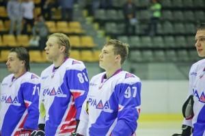 Хоккеисты Ариады
