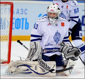 Кирилл Барзман (на фото) - воспитанник ангарской школы хоккея