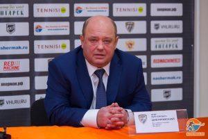 Олег Днепровский